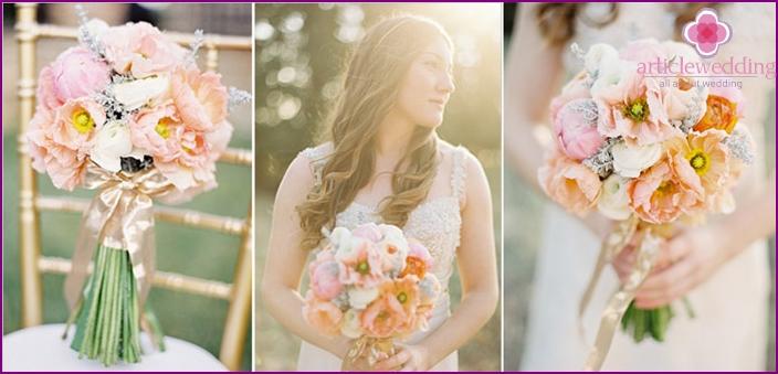 Wedding bouquet for blonde girls