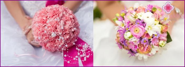 Beautiful color arrangement for the bride