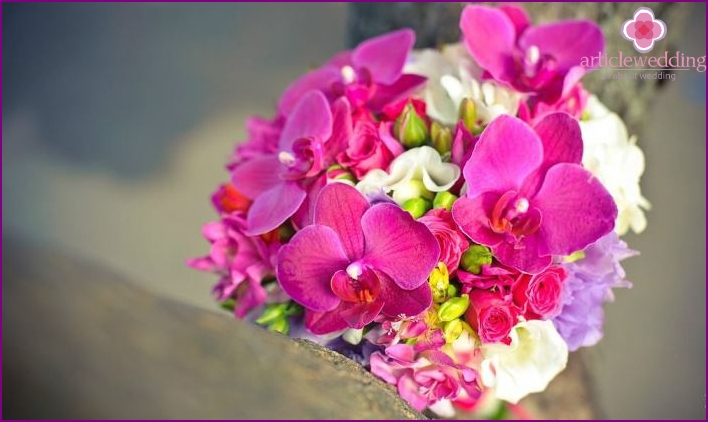 A bouquet of orchids for the bride