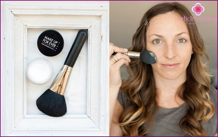 We fix the tonal foundation with powder