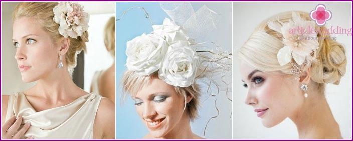 Kurzes Haar Styling Dekoration: Blumen