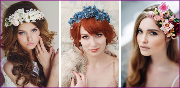 Wedding hair ornaments with flowers