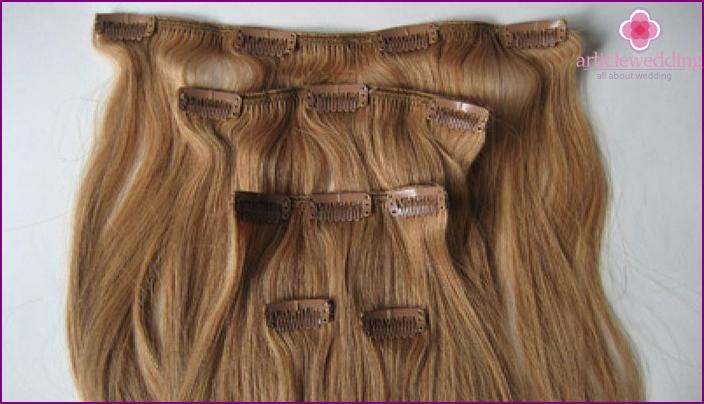 Leikkeet hiusneuloilla