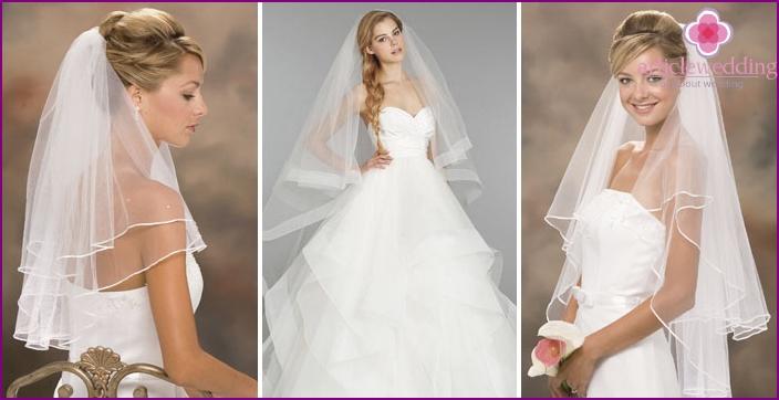 Veil of the bride: satin ribbon decor around the edge