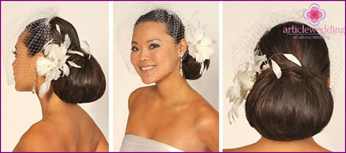 Original hair style with mesh and flower