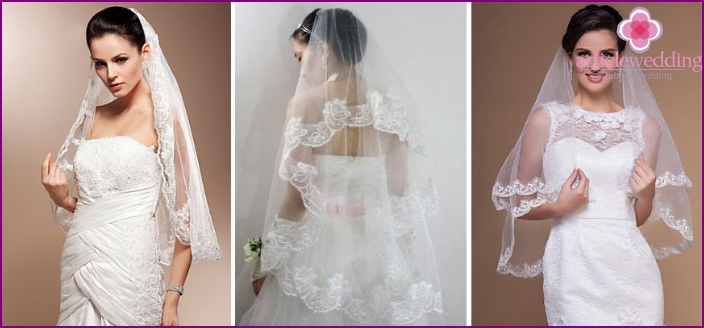 Veil with embroidery or flowers