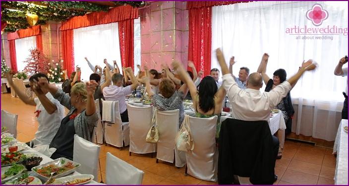 Hochzeitstischspiele für Erwachsene