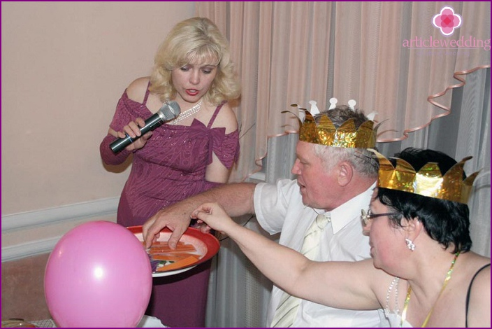Alkoholisches Spiel bei der Hochzeit
