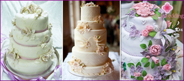 Wedding cakes with mastic flowers
