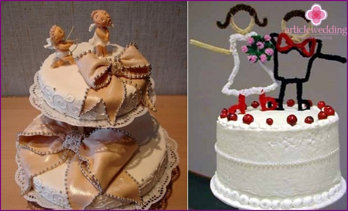 Fancy wedding figurines on the cake