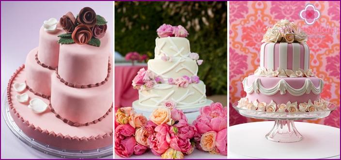 Elegant pink cakes