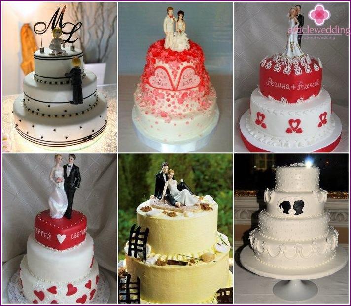 Kuvia vastasyntyneistä kakun kanssa nimillä