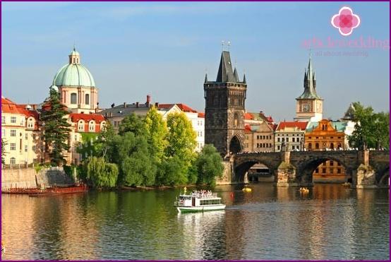 Flitterwochen in Prag