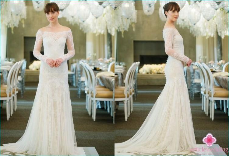 Wedding dress of 50 shades of freedom