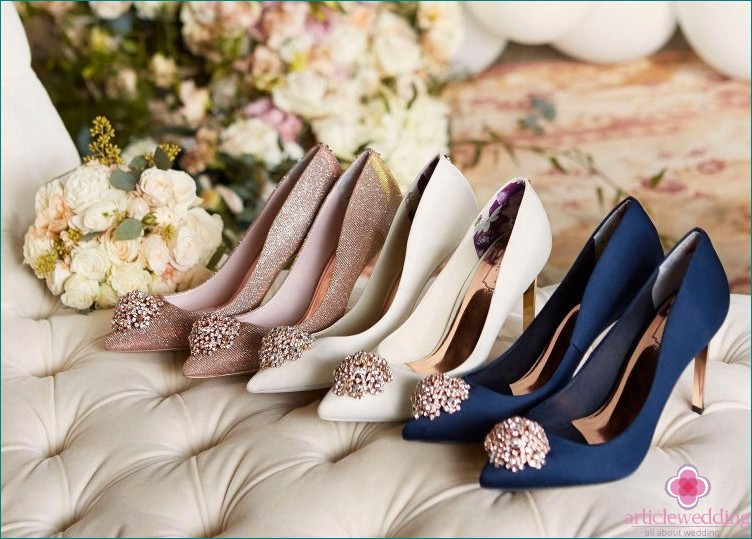 Closed wedding shoes