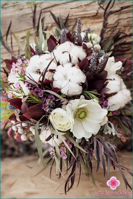 Beautiful wedding bouquet with cotton