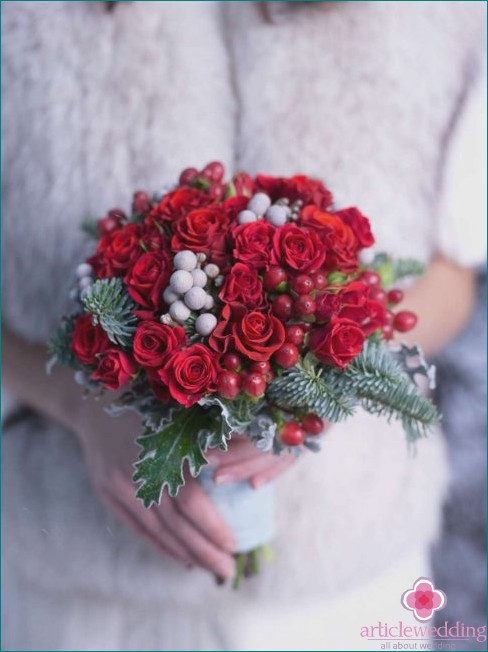 Creative wedding bouquet with berries