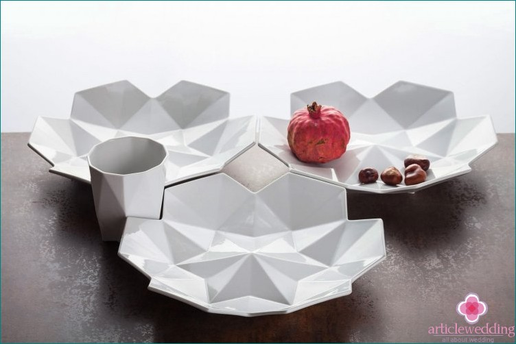 Original geometric dishes