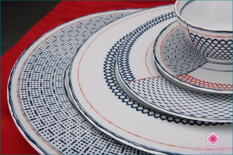 Geometric Print Cookware
